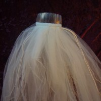 2-Tier White Wedding Veil